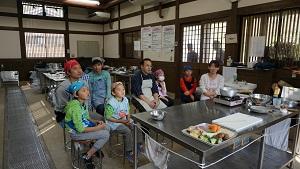 re151107お魚さばき教室 (1)
