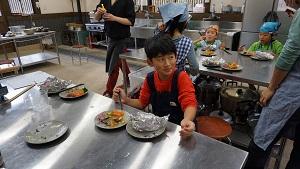 re151107お魚さばき教室 (31)