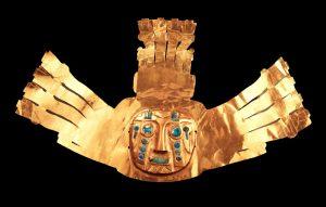 ③《カラササヤで出土した金の儀式用装身具》