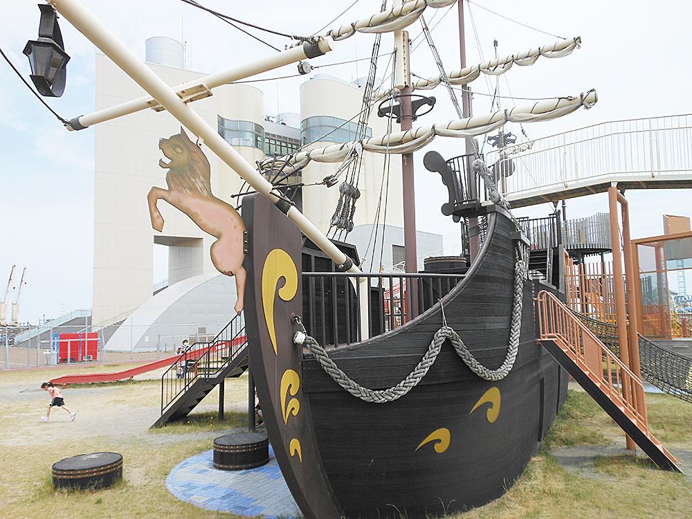 山の下みなとランド_海賊船