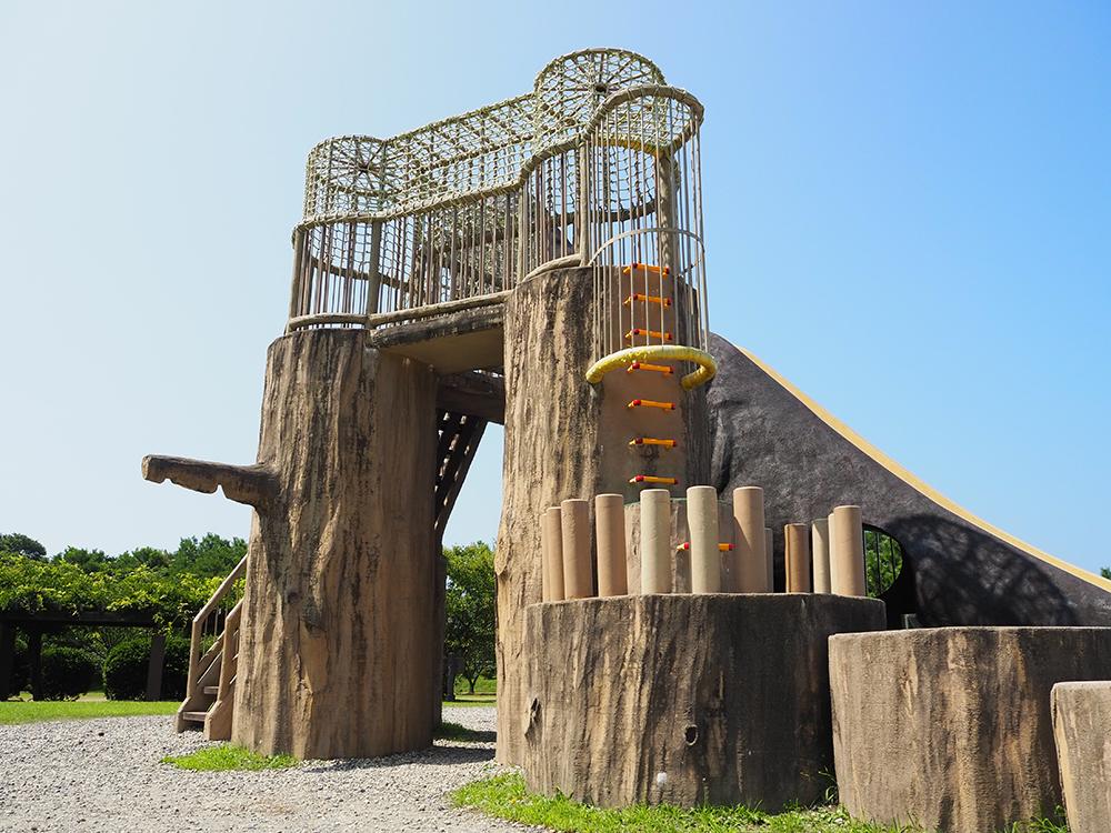 いこいの森児童公園_村上市_恐竜