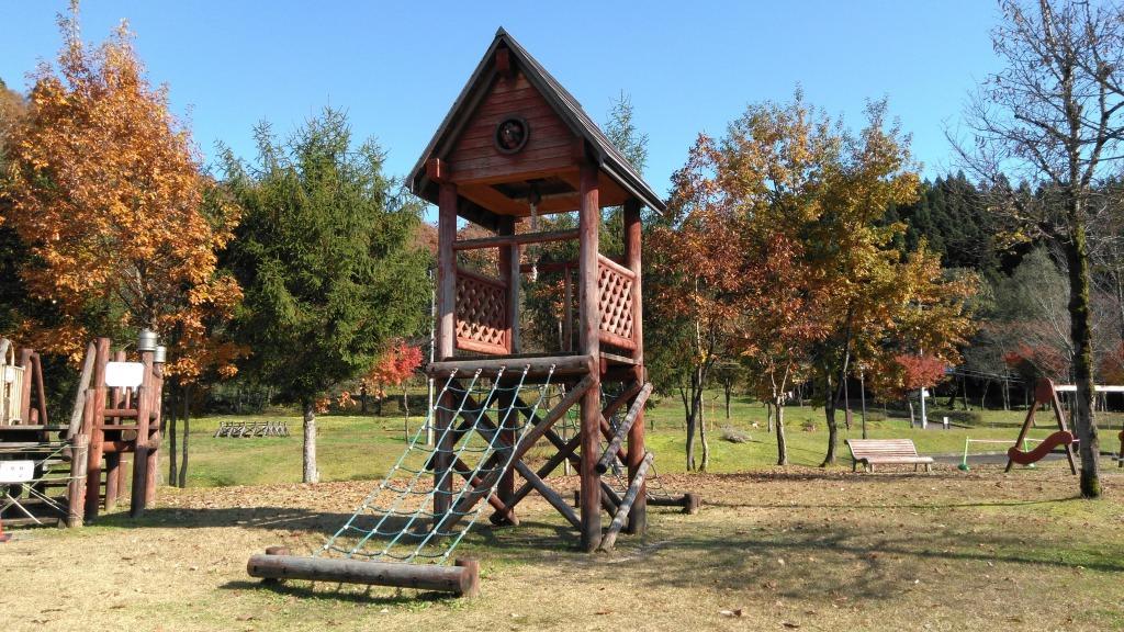トキっ子調査隊響きの森公園お家遊具