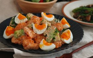 食くーるレシピエビチリマヨトマト