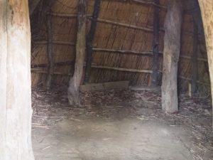 竪穴式住居