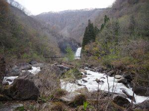苗名滝景観