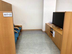 刈羽村立図書館4