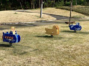 大湯公園スプリング遊具