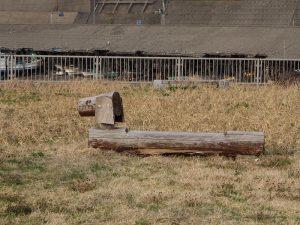 磯部の浜港南公園ベンチ