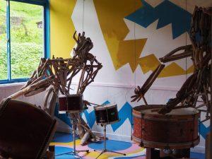 絵本と木の実の美術館ドラム