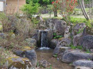 須原公園池