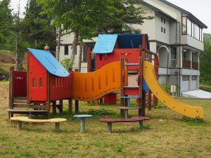 須原公園複合遊具2