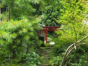 清津峡トンネル神社